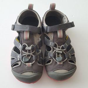 Kids Keen Sandals Size 12
